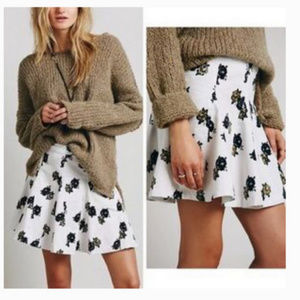10 Free People white, green, floral corduroy skirt